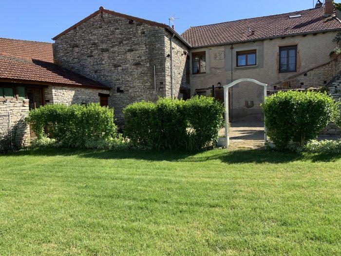 Maison en pierre à vendre à Cortevaix