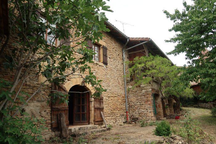 Maison ancienne Jalogny 180 m² - 230 000 €