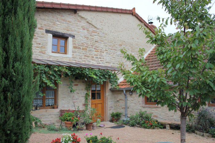 Maison ancienne à Mâcon - 175.00 m² - 298 000 €