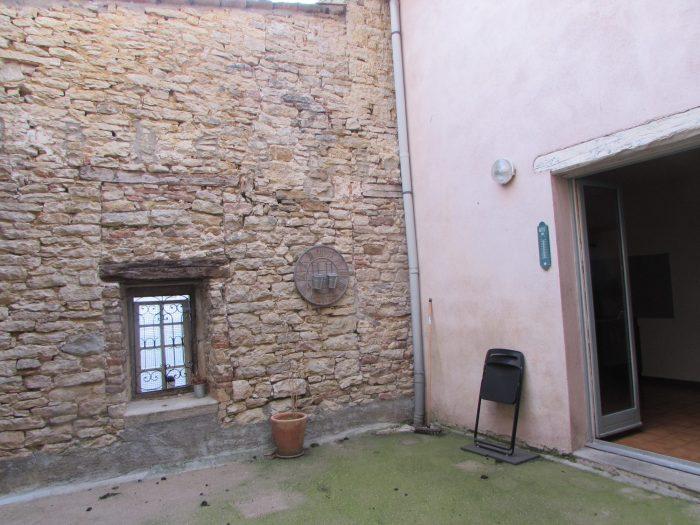 Maison mitoyenne 2 côtés Cluny 75 m² - 155 000 €