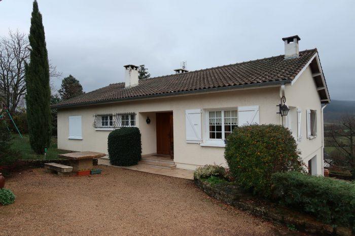 Maison villa à vendre à Cluny avec vue dégagée - 125 m² - 257 500 €