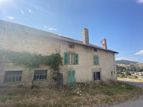 Ferme à rénover à Matour - 90m² - 107 000€
