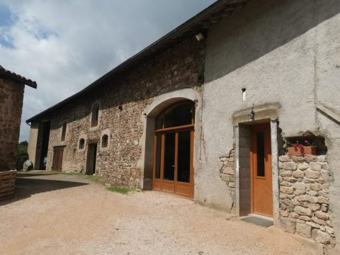 Maison ancienne - Saint-Bonnet-des-Bruyères - 188 m² - 250 000 €