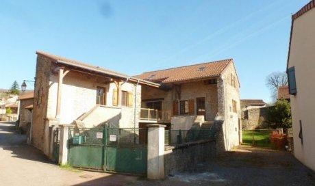 Maison ancienne Jalogny - 100.00 m² - 185 000 € - POUR INVESTISSEURS / 2 LOGEMENTS
