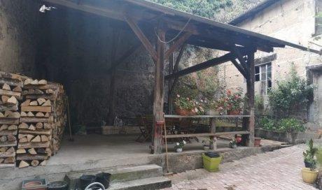 Maison de ville avec terrasse à vendre à Beaujeu