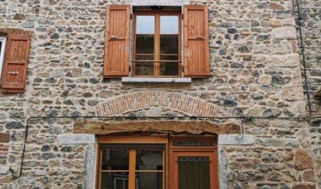 Maison de village en pierre à vendre