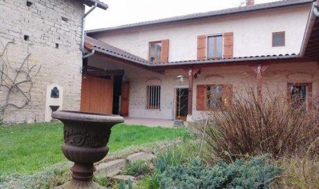 Maison ancienne de village à vendre à Sermoyer