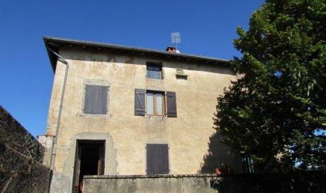 Maison en pierre à vendre à Saint-Christophe