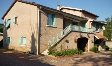 Maison traditionnelle Les Ardillats 175 m² - 230 000 €