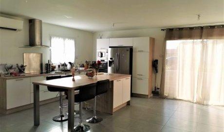 Maison villa à Belleville-en-Beaujolais - 85 m² - 240 000 €