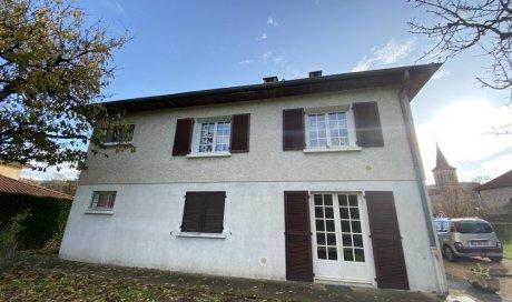 Villa à Bourgvillain